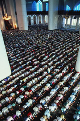 намаз в мечети